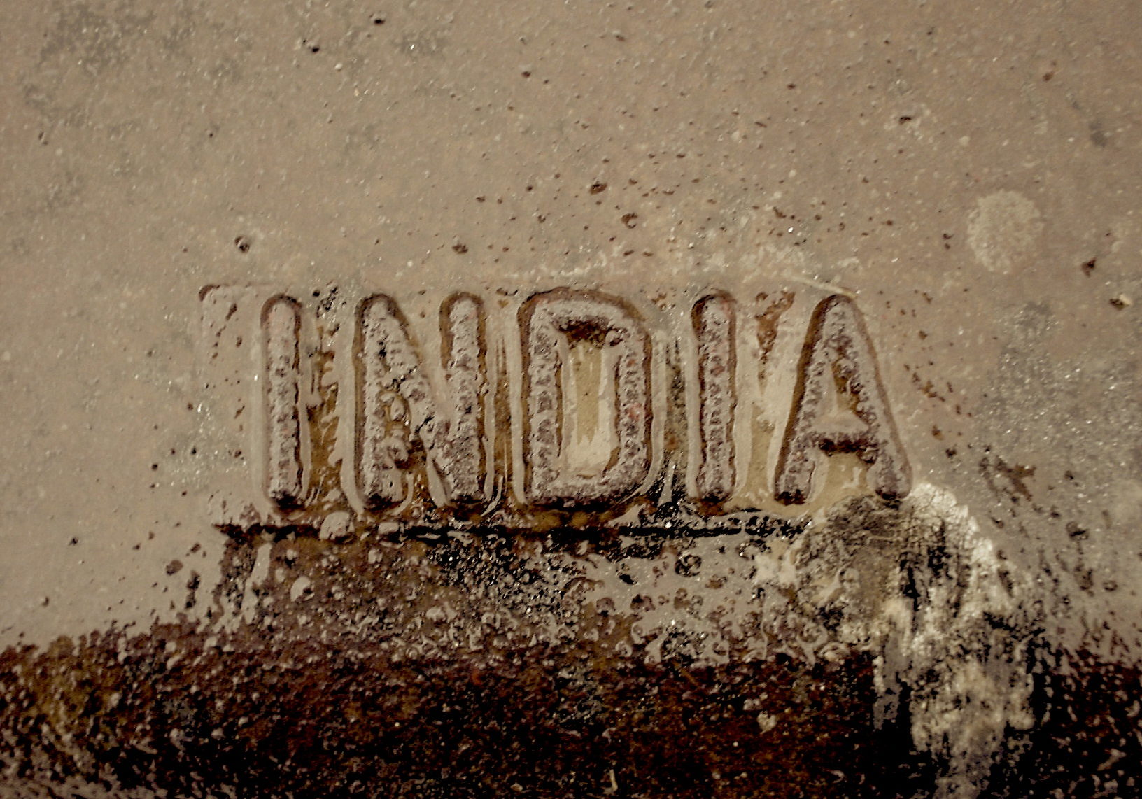India storm drain cover Flickr_Nate Grigg